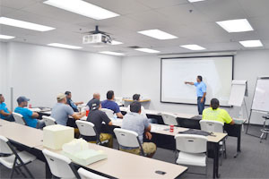 Demilec Launches Spanish-Language Spray Foam Applicator Training Program